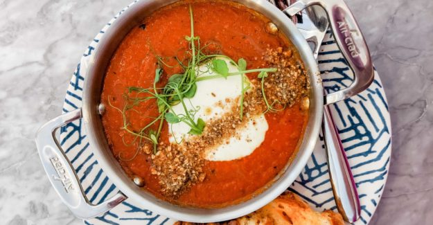 Roast Tomato and Red Pepper Soup – Winter Glow